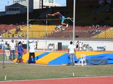 Equipe FME de atletismo participa de evento nacional