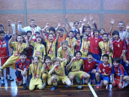 Colégio Jaraguá fatura o futsal masculino