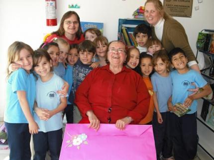 Escola José Pasqualini recebe doação
