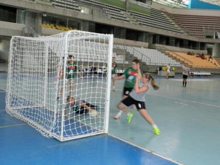 Futsal feminino aposta no entrosamento na Olesc