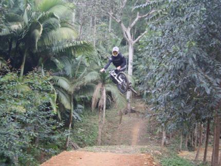 Jaraguaense é campeão no Downhill