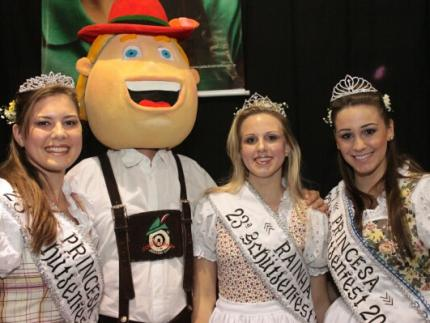 Majestades da 24ª Schützenfest são escolhidas nesta sexta