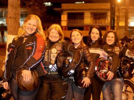 Motociclistas promovem o 1º Moto Passeio Feminino SC
