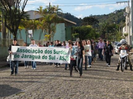 SDR faz homenagens durante Semana Nacional do Surdo