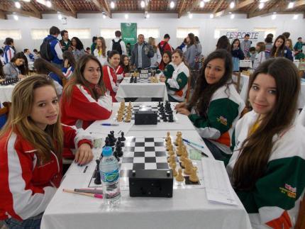 Xadrez de Jaraguá conquista oito medalhas nos Joguinhos