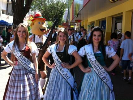 Majestades da Schützenfest voltam ao Calçadão sábado