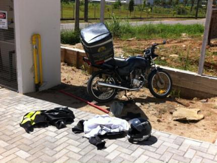 Motociclista quebra perna em acidente no João Pessoa