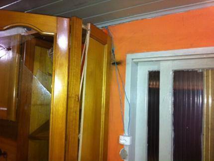 Dono de casa atingida por raio diz que família ficou assustada